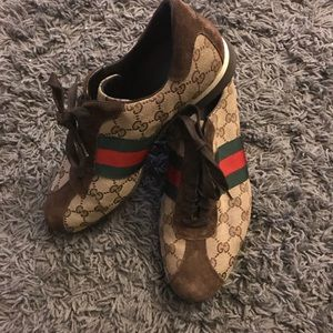 AUTHENTIC GUCCI MENS SNEAKERS
